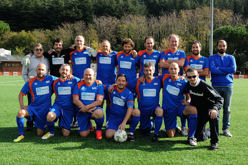 La squadra di Ussi Umbria prima della finale per il terzo e quarto posto