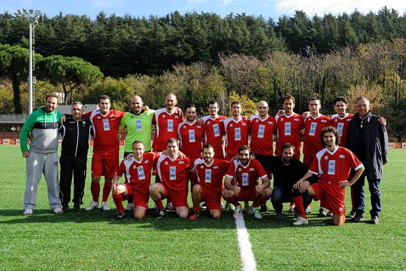 La squadra di Ussi Puglia prima della finale per il terzo e quarto posto