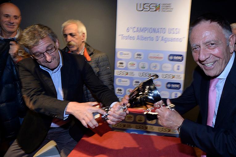 Stefano Giommini (Ussi Umbria) e Antonio Guido di Ussi Puglia si contendono la coppa