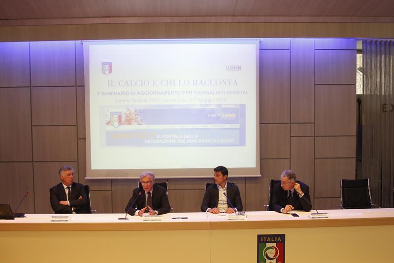 Il-Calcio-e-chi-lo-racconta-2013-Il-tavolo-dei-relatori